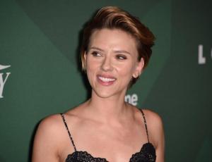 Las millonarias ganancias de Scarlett Johansson, la actriz mejor pagada del año