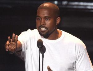 """Fan denuncia a Kanye West por """"engaño"""""""