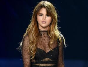 Suben fotos de Justin Bieber desnudo en la cuenta de Selena Gomez