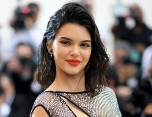 Romance de Kendall Jenner queda al descubierto en la gala del MET