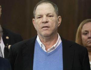 Harvey Weinstein se entrega a la justicia tras acusaciones de abuso sexual