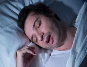 El truco definitivo para dejar de roncar en solo 5 minutos