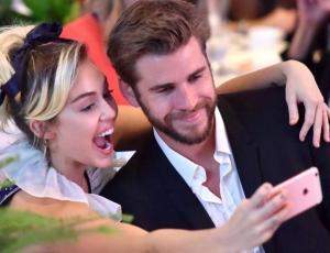 Miley Cyrus sorprende con romántica canción para Liam Hemsworth