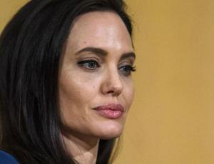 Angelina Jolie podría perder la custodia total de sus hijos