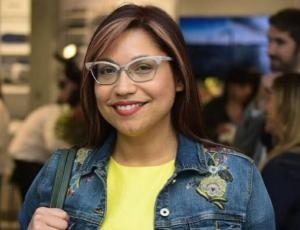 Seguidores de Alejandra Valle destacan detalle de su look en el Copihue de Oro 2017