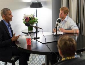 Obama advierte sobre los peligros de las redes sociales en entrevista con príncipe Harry