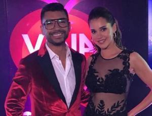 Critican look de Andrés Caniulef en primera noche de Viña 2018