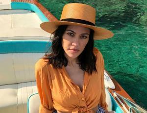 Novio de Kourtney Kardashian la criticó por subir sensual foto en bikini