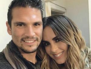 Las románticas vacaciones de Maura Rivera y Mark González en Isla de Pascua