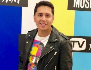 Karol Lucero acusa que nadie lo saludó en el Día del Hombre