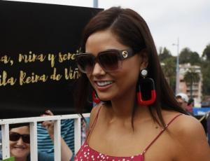 Camila Recabarren adoptó un cachorro en actividad por la Corona de Viña