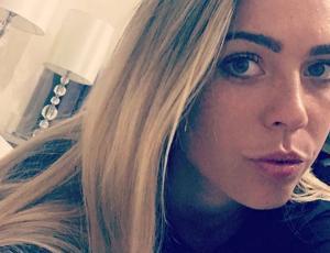 """Daniela Aránguiz dedicó dulce poema al """"Mago"""" Valdivia en su cumpleaños"""