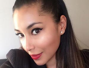 ¡A lo Playboy! Arenita sorprende con sexy foto que se llenó de piropos
