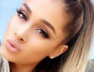 Ariana Grande mostró nuevo look con chasquilla recta