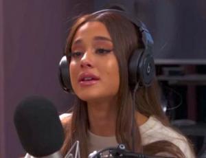 Ariana Grande termina llorando al recordar el ataque terrorista en Manchester