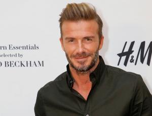 Joven británico gastó una fortuna para verse igual a David Beckham