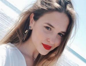 Belén Soto estrenó canal de Youtube con nueva faceta