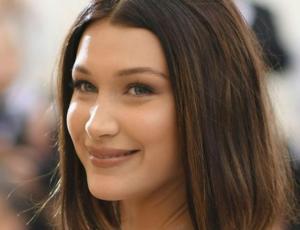 Bella Hadid llegó bien acompañada al cumpleaños de Kylie Jenner