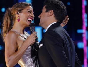 Así fue el romántico beso entre Carola de Moras y Rafael Araneda