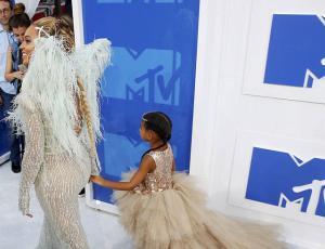 Blue Ivy se hartó de las cámaras y se lo hizo saber a Beyoncé