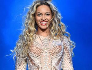 Beyoncé lanza disco sorpresa