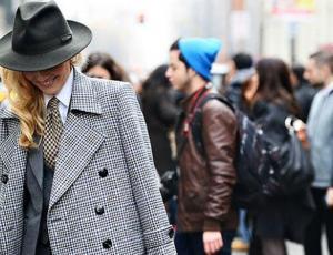 ¿Y si pruebas usando un blazer masculino?