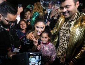Camila Recabarren hizo tremenda fiesta por el lanzamiento de su campaña