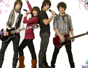 Demi Lovato confirmó que habrá Camp Rock 3 con Joe Jonas
