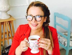 "Captan enojo de Cathy Barriga tras ser presentada como la ex ""polola de Ronny Dance"""