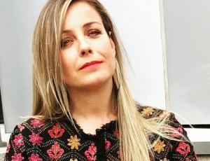 Claudia Conserva muestra retrato de sus 20 y tantos