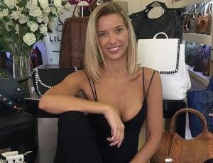 """Claudia Schmidt acusa de """"obsesionado"""" a productor de televisión"""