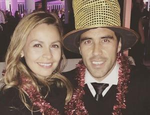Claudio Bravo termina con los rumores con mensaje de amor a su mujer