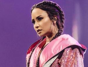 Demi Lovato se refirió a su comentado beso con Kehlani