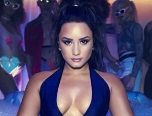 Demi Lovato le respondió a fanático que cuestionó sus seis años de sobriedad