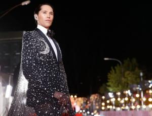 Di Mondo desfiló en Gala de Viña con capa que ya había usado Nicole Kidman