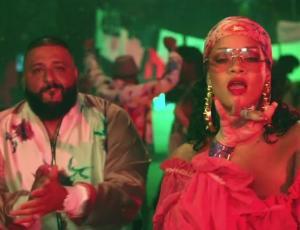Rihanna luce sus nuevas curvas en video con Dj Khaleed