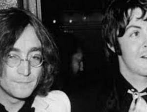 Foto de los hijos de John Lennon y Paul McCartney se vuelve viral
