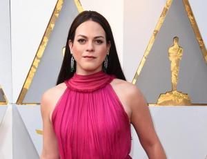 El detalle del look de Daniela Vega en los Oscar 2018