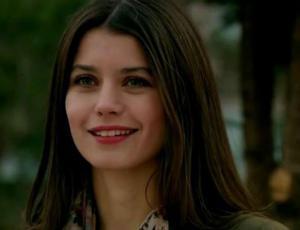 """No creerás cuánto ganó la protagonista de """"Kösem"""" por capítulo"""