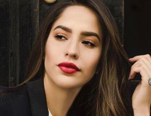Fernada Figueroa responde furiosa a usuario que la insultó