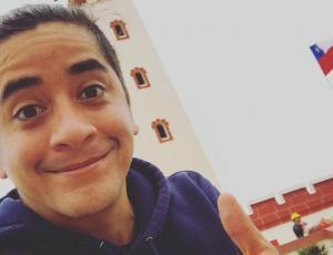 Fernando Godoy anuncia con ecografía que se convertirá en padre