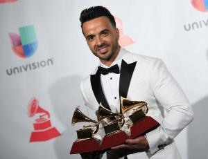 """Despacito"" arrasa en los Grammy Latino"