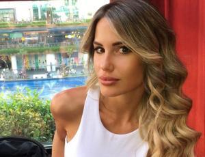 Gala Caldirola sube foto de su infancia para confirmar la naturalidad de su cabello