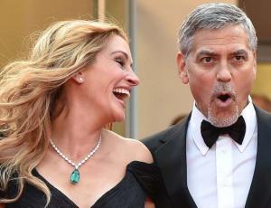 Julia Roberts desfiló por la alfombra roja de Cannes en pies descalzos