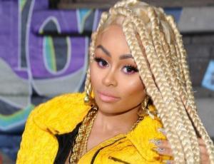 5 Celebridades que fueron strippers antes de saltar a la fama