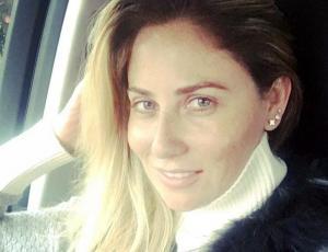 Gissella Gallardo muestra sucio mensaje de usuario que intenta ayudarla tras robo