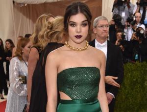 """""""Low cost"""" de gala: famosas que lucieron marcas accesibles en la alfombra roja del MET"""