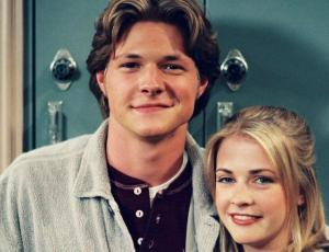 """Mira las primeras fotos de la nueva """"Sabrina"""" junto a """"Harvey"""""""