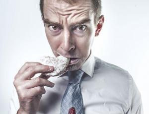 El alimento que más nos hace enfermar ¡es parte fundamental de nuestra dieta!