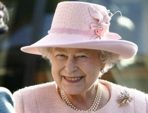 La Familia Real liberó fotos inéditas de la reina Isabel II